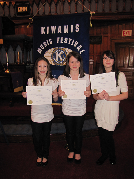 Piano_Trio_at_the_Kiwanis_Music_Festival.jpg